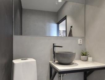 Novacolor Wall2Floor - mikrosementti WC musta - harmaa+patina silver