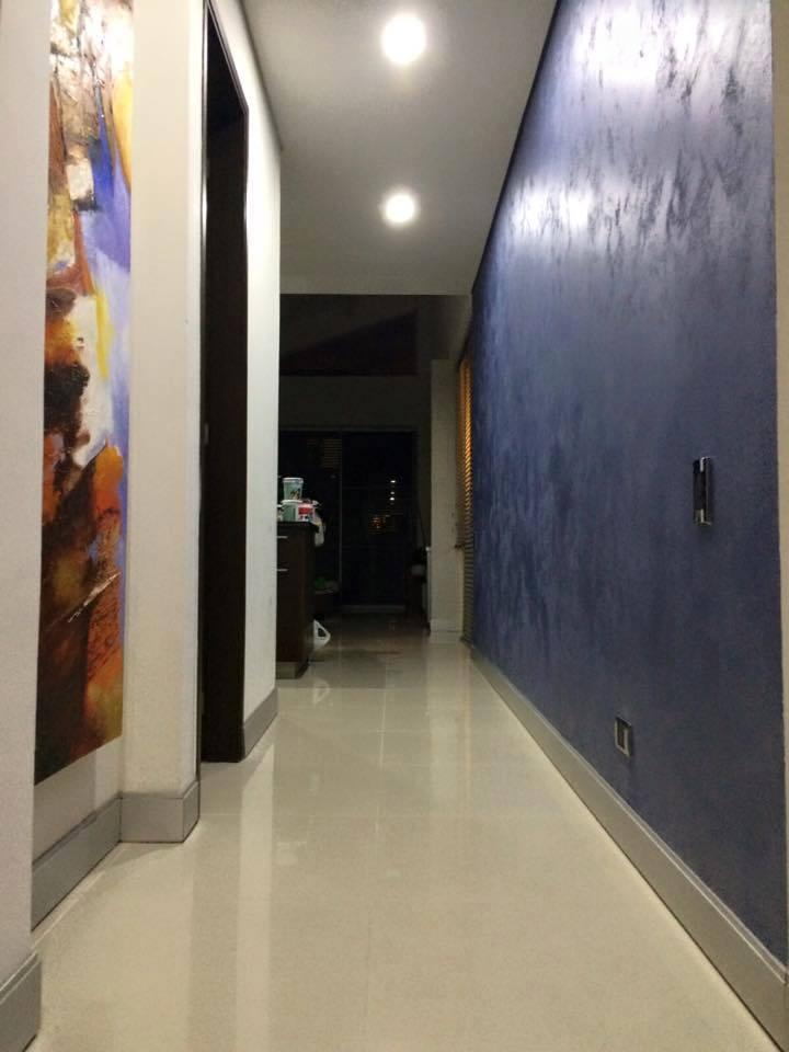Novacolor Swahili - sisustusmaali, Blue - sininen, hiekkamaali, aula 2