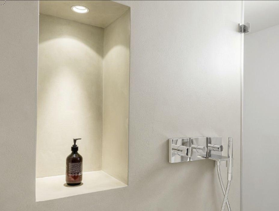 Wall2Floor mikrosementti kosteassa tilassa, Bianco