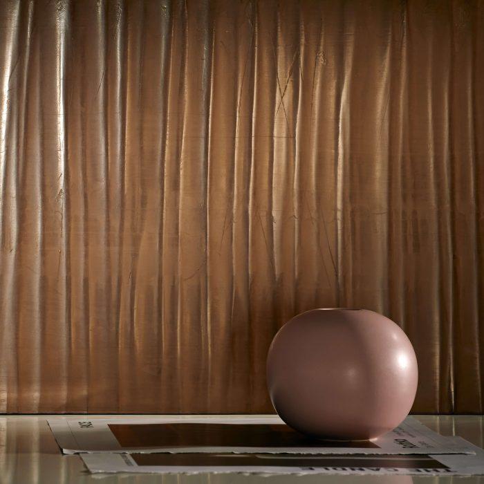 marmorino-ks-sisustuslaasti-kalkkilaasti-aaltokuvio-vahattu-punertava
